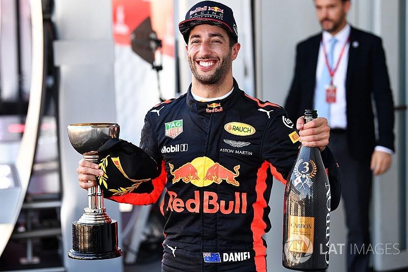 """""""Solitário"""", Ricciardo cumpre meta de pódio em Suzuka"""