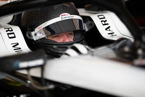 У российского гонщика Формулы 3 отобрали победу. За то, что вилял