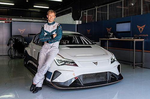 Ekstrom joins Cupra for first Pure ETCR season