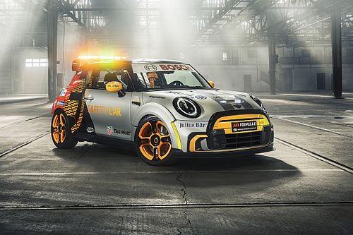 Mini представила новый автомобиль безопасности для Формулы Е