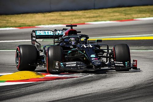 Spanish GP: Hamilton beats Bottas to pole by 0.059s