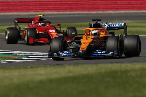 Sainz: McLaren one of the most difficult F1 cars to overtake
