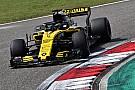 Forma-1 Bemutatkozik a Renault továbbfejlesztett versenygépe, és jön az új motor