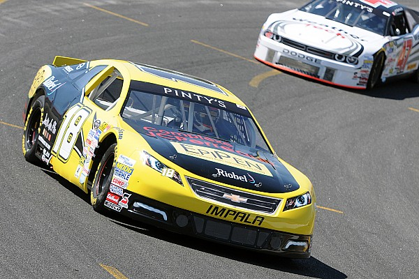 NASCAR Canada Tagliani beats title rivals Ranger and Lapcevich to pole