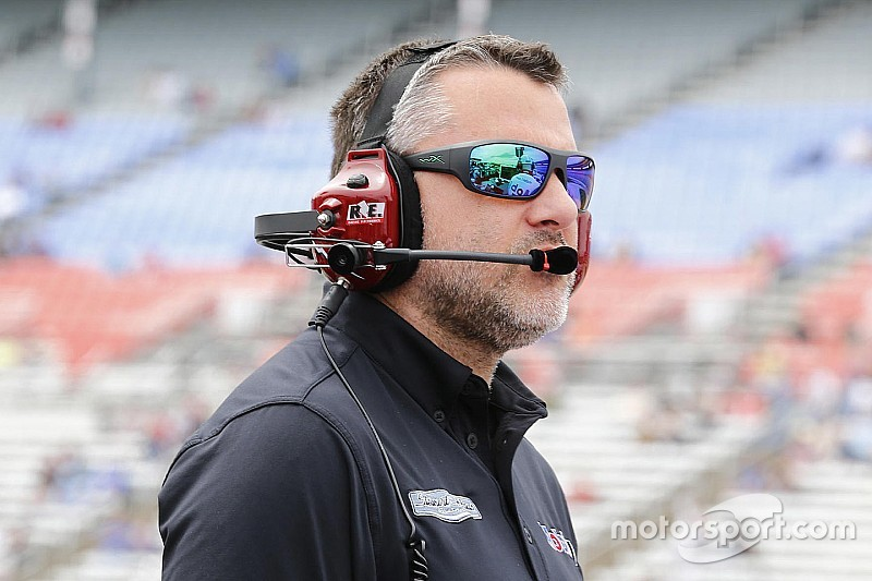 "Tony Stewart's NASCAR return is ""in the doctor's hands"""