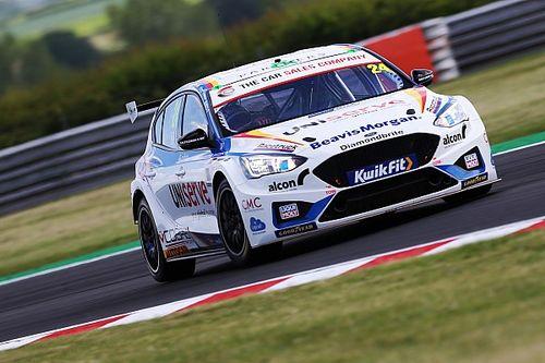 Hill proud of Motorbase/MB team for full-ballast Snetterton qualifying