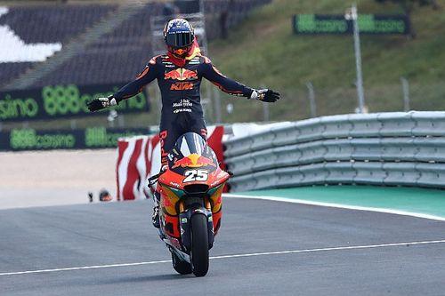 Premier succès pour Fernandez en Moto2, Lowes à la faute