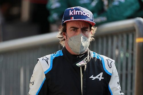 "Alonso: ""Şu anda daha komple bir pilotum"""
