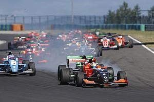 Formula Renault Race report Eurocup Hungaroring: Aubry menang lagi di Race 3, Presley urutan ke-21