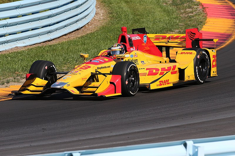 Andretti Autosport re-signs Ryan Hunter-Reay, DHL