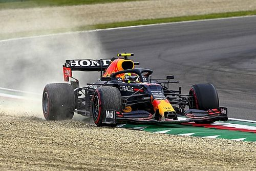 "Perez ""very sorry"" to Red Bull for Imola F1 woes"