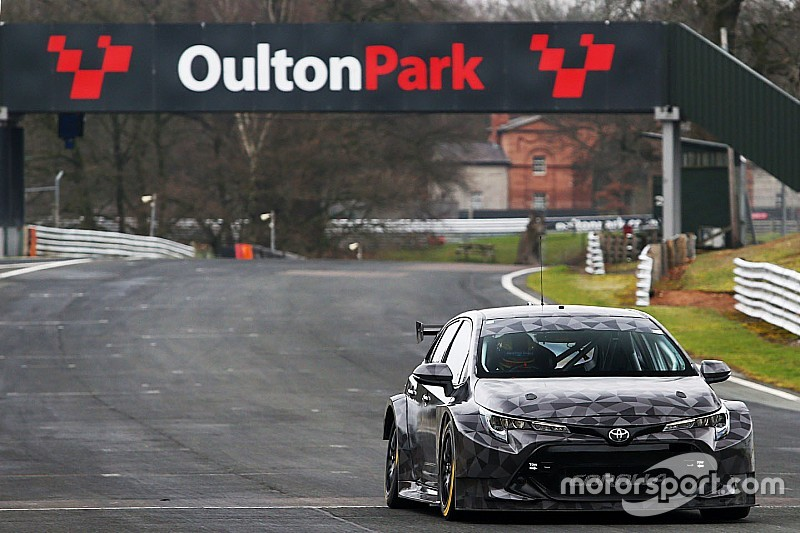 New Toyota Corolla BTCC challenger breaks cover