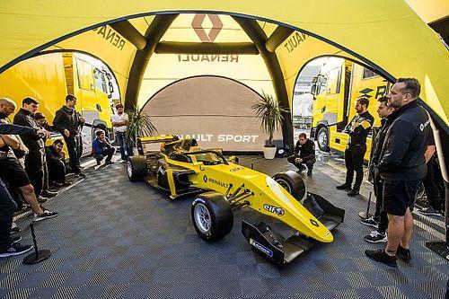 Tim Alonso berlaga di Formula Renault Eurocup