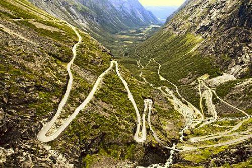 Las 12 carreteras más curiosas del mundo