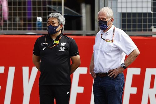 Red Bull no sabe qué hacer para igualar el motor Mercedes