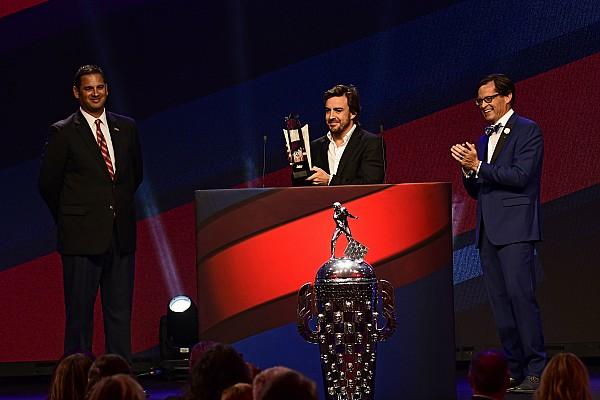 Fernando Alonso ha vinto il Rookie of the Year della Indy 500 2017