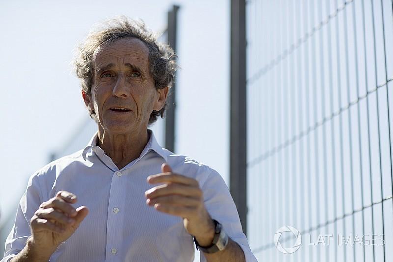 Prost: Hamilton'ın 7 kez şampiyon olup olmayacağını konuşmak saçmalık