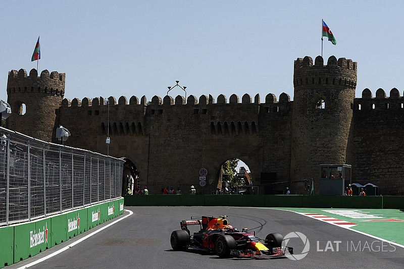 Baku, Libere 2: Verstappen davanti alla Mercedes prima di sbattere!