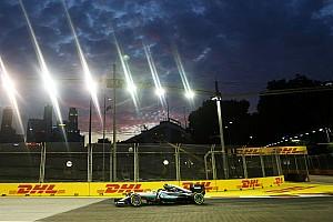 Formula 1 Practice report Singapore GP: Rosberg tops FP2 as Hamilton hits trouble