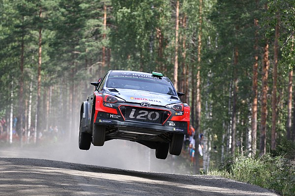 Solid start for Hyundai Motorsport as Neuville holds third in Finland