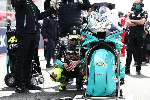 Rossi: quisiera correr en 2022, pero en este momento no puedo asegurar
