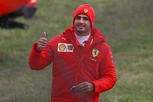 Sainz hails 'unforgettable' maiden Ferrari F1 test run