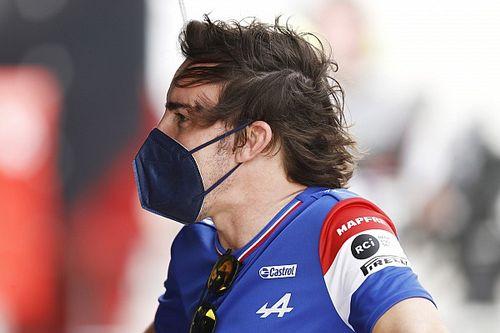 Érdekes ok miatt csúszik Alonso életrajzának megjelenése