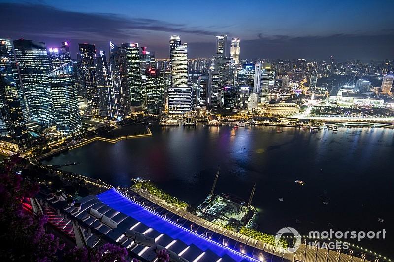 Videón Kovalainen nagy tűzoltása a Szingapúri Nagydíjról