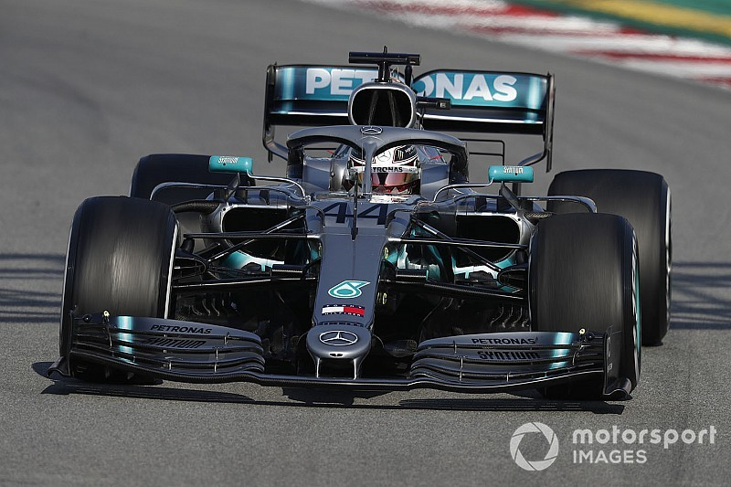 Hamilton has little good to say about 2019 F1 tyres