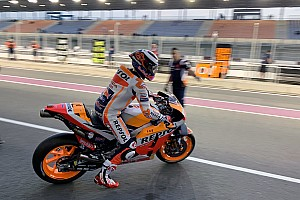 Первый выезд Лоренсо на трассу в цветах Honda: фото