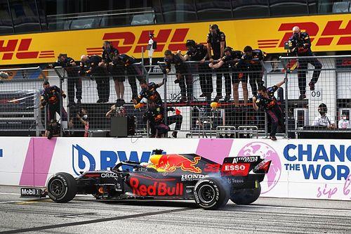 """フェルスタッペン、勝利を自ら祝う""""バーンアウト""""で警告受ける。「今後は容認できない」とレースディレクター"""