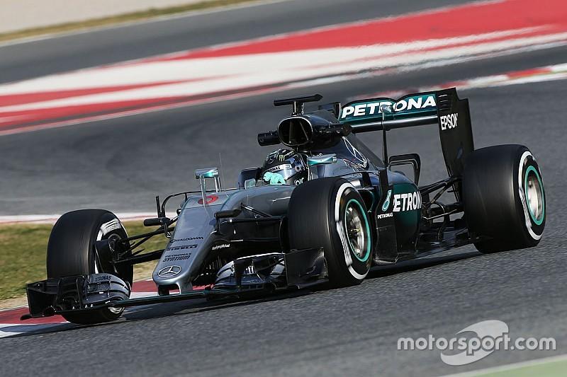 Raikkonen not worried by Mercedes mileage