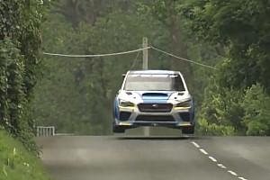 Straßenrennen Feature Video: Eine Runde auf der Isle of Man im Rennwagen
