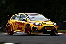 BTCC Croft BTCC: Jackson beats Sutton in photo finish