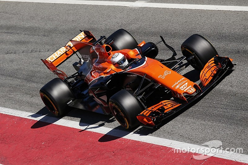 Honda pide disculpas a los pilotos de McLaren