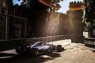 Fórmula 1 Lindo cenário e Hamilton superando Senna; o sábado em Baku
