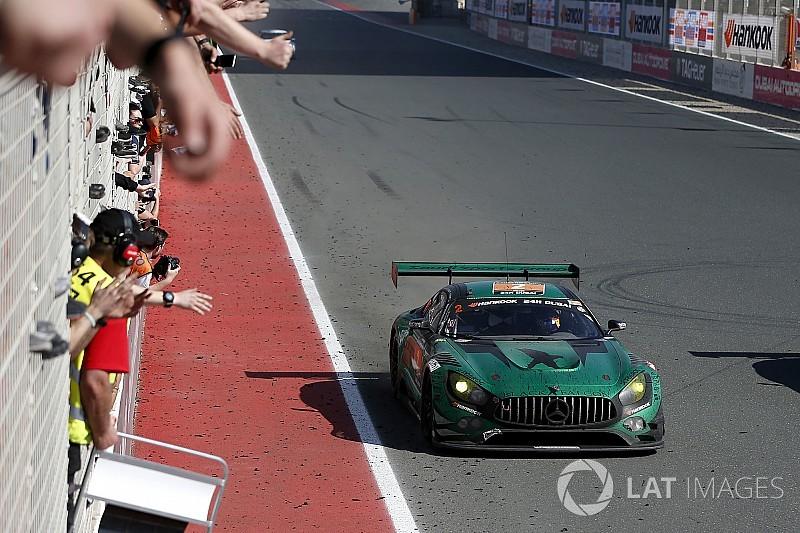 La Mercedes del Black Falcon conquista la 24 Ore di Dubai