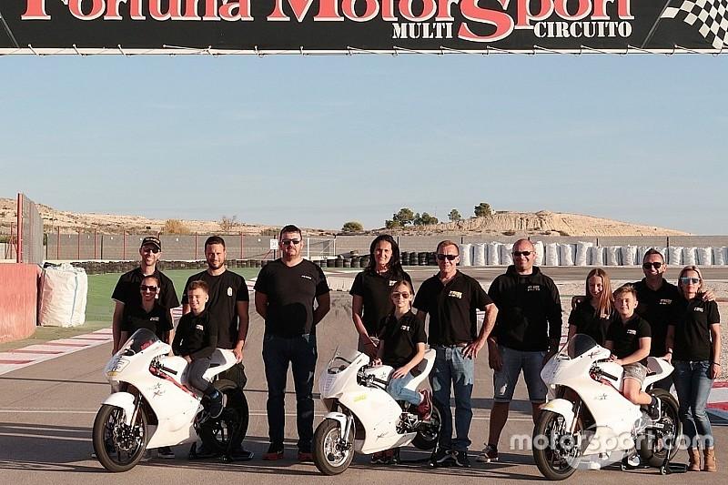 Spanyolországban folytatja a 220 Volt H-Moto Team három tehetsége