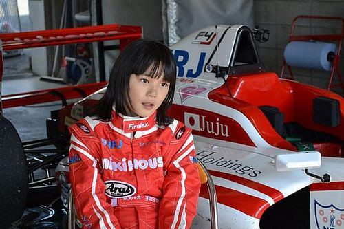 La niña de 13 años que eclipsa un récord de Verstappen
