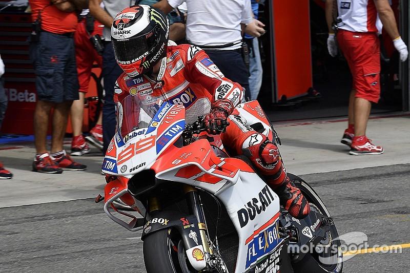 Лоренсо: Піт-стопам MotoGP не вистачає культури Ф1