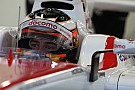 Formula 1 Verstappen ve Vandoorne yeni kasklarını tanıttı