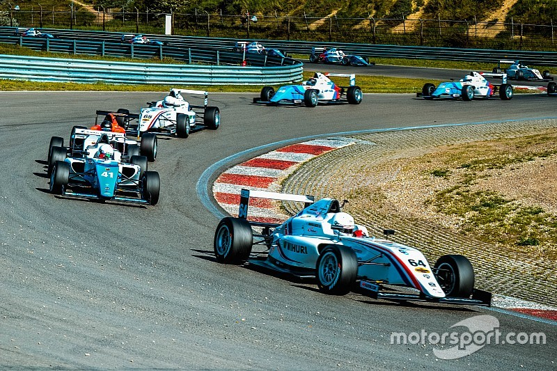 Уик-энд Гран При России пройдет без гонок SMP Формулы 4