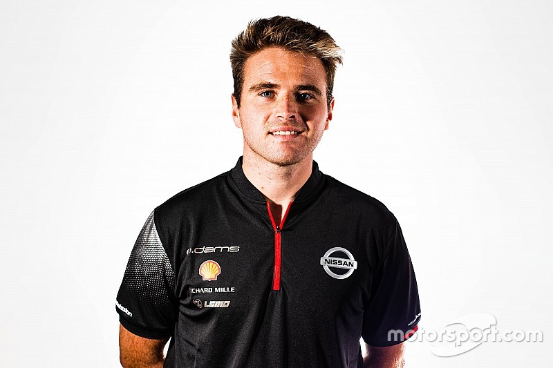 Nissan confirms Rowland as Albon replacement