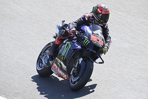 MotoGP, Portimao: Bagnaia penalizzato, pole a Quartararo