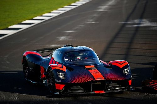 "Verstappen tests ""insane"" Valkyrie road car"