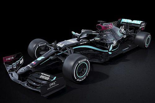 ¡Mercedes F1 pinta su coche de negro contra el racismo!