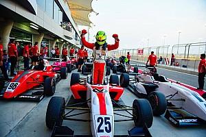 Другие Формулы Новость Шумахер дважды выиграл в Бахрейне