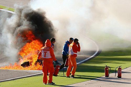 Heftiger Feuerunfall bei WSBK-Training: Tom Sykes stürzt in Portimao schwer