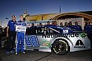 Alex Bowman earns his first NASCAR Sprint Cup pole at Phoenix