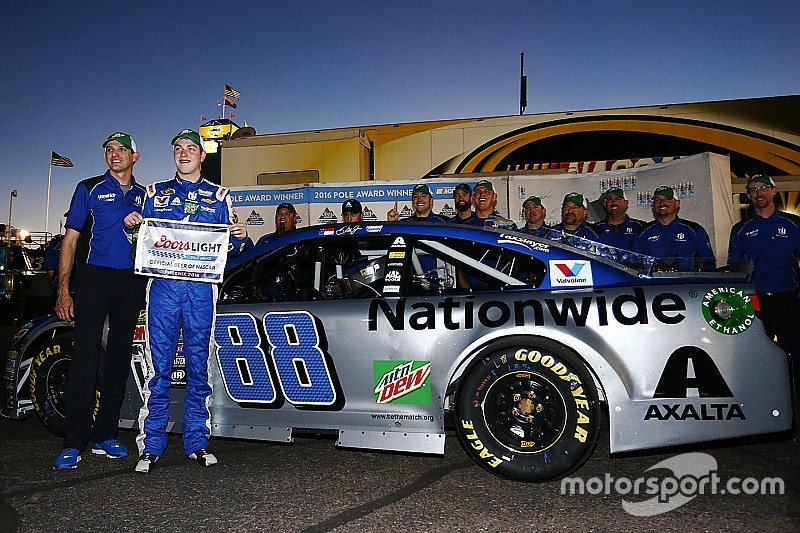 Alex Bowman earns his first NASCAR Sprint Cup pole at Phoenix